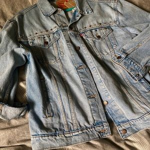 Levi's baggy trucker denim jacket sz L